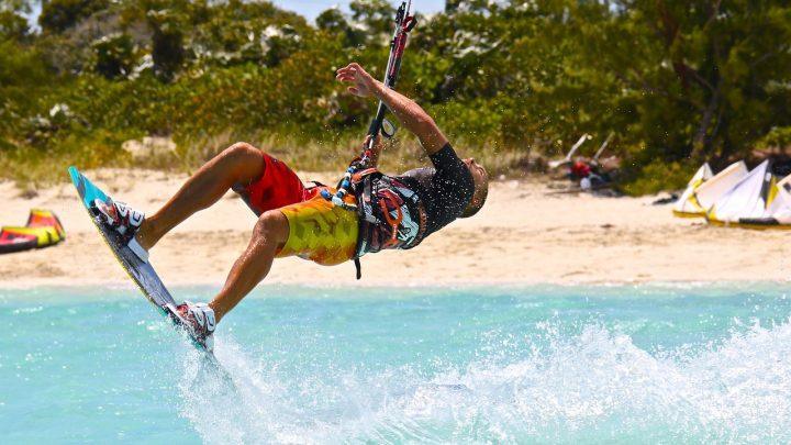 Qu'allez-vous apprendre dans un camp de kitesurf ?