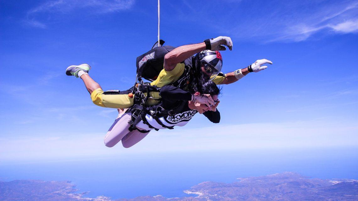 Vous avez peur des hauteurs, mais vous voulez toujours sauter en parachute ?